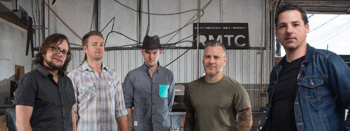 An Evening with The Infamous Stringdusters featuring Roosevelt Collier