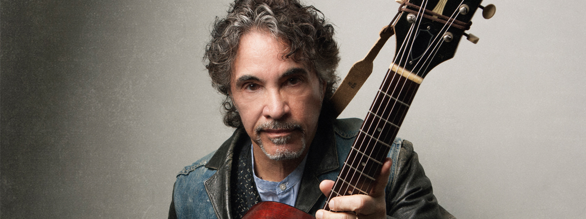 John Oates with The Good Road Band
