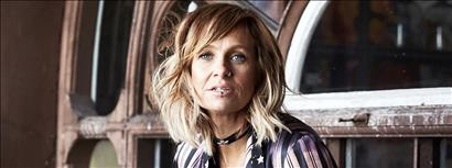 Kasey Chambers & The Fireside Disciples with guest Carly Burruss