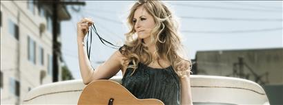 Deana Carter with guest Sweet Tea Trio
