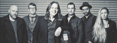 Alan Doyle with guest Whitney Rose