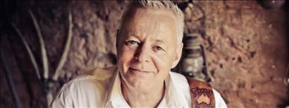 Tommy Emmanuel with guest Anthony Snape